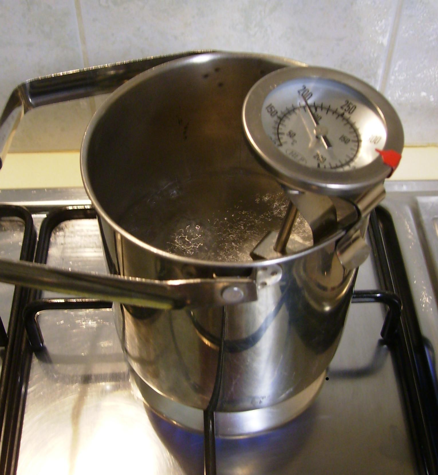 boiling point experiment Education level: university topic: general chemistry subtopic: solutions and  mixtures experiment: boiling point elevation - raoult's law.